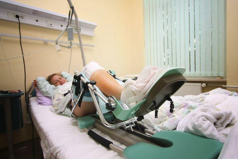 csípőpótló műtét után fájdalom)